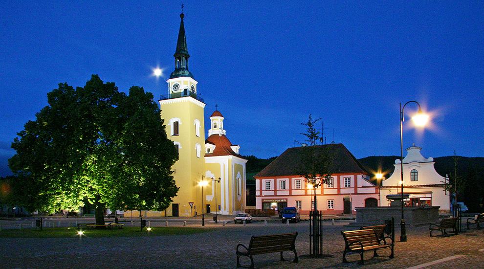 Rekonstrukce náměstí ve Vlachově Březí