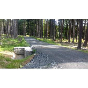 Rekonstrukce lesních cest na polesí Vacíkov
