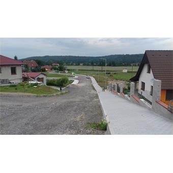 Obec Heřmaň - chodník